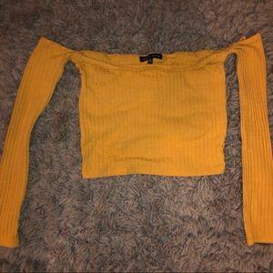 Kendall and Kylie yellow top